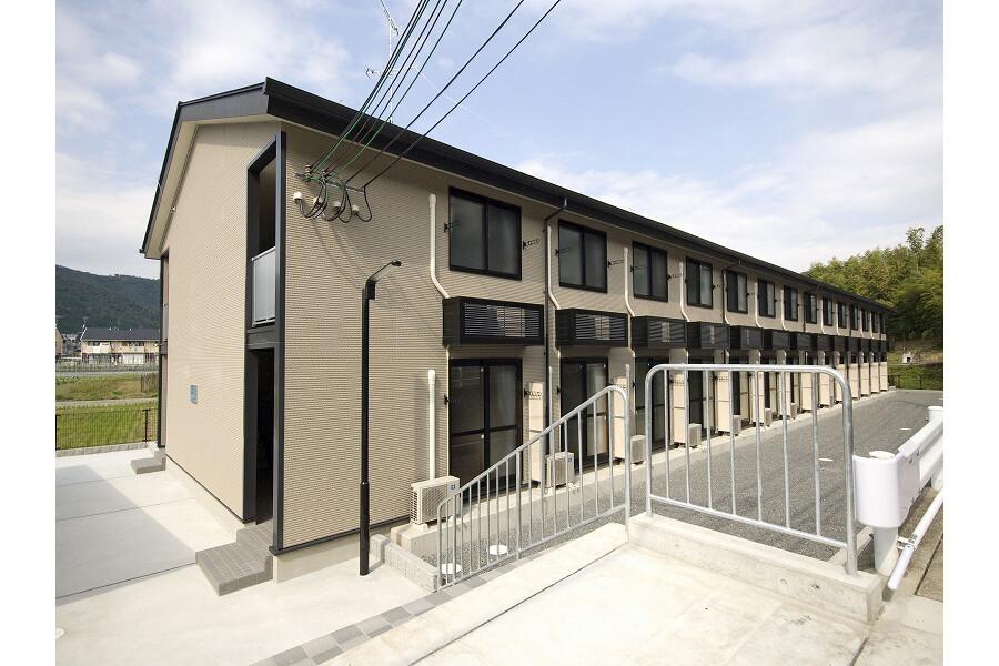 1K Apartment to Rent in Kyoto-shi Kita-ku Exterior