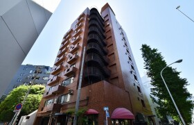 3SLDK {building type} in Minamiaoyama - Minato-ku