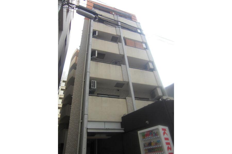 2DK Apartment to Rent in Osaka-shi Kita-ku Exterior
