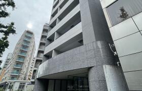 港区 南青山 1K {building type}