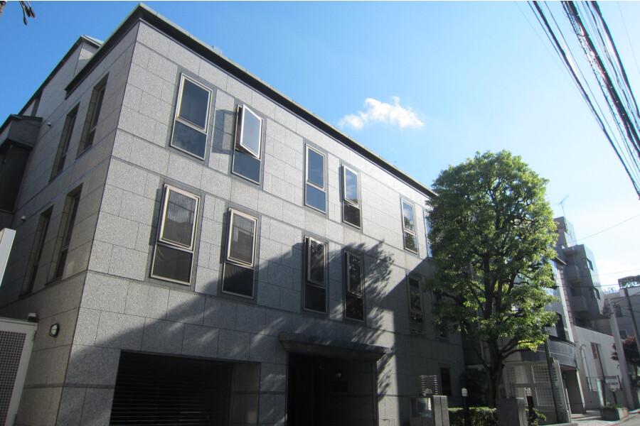 3SLDK Apartment to Rent in Minato-ku Interior