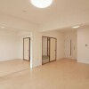 3LDK Apartment to Buy in Osaka-shi Nishiyodogawa-ku Living Room