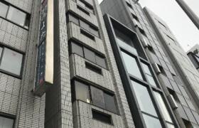 1R {building type} in Minamiaoyama - Minato-ku