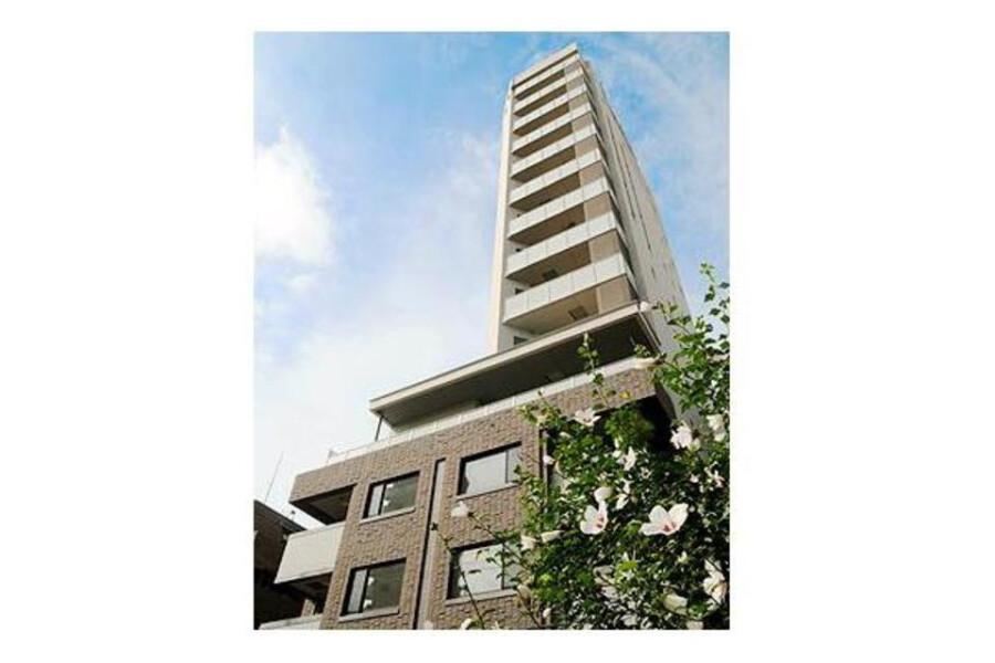 2LDK Apartment to Rent in Minato-ku Interior