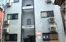 Whole Building {building type} in Nagahashi - Osaka-shi Nishinari-ku
