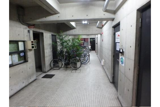 2K Apartment to Buy in Osaka-shi Chuo-ku Interior