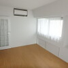 2LDK Apartment to Rent in Chiyoda-ku Room