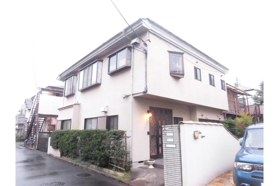 1R Apartment to Rent in Setagaya-ku Exterior