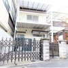 3LDK House to Buy in Higashiosaka-shi Exterior