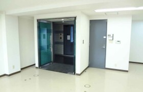 Office - Commercial Property in Osaka-shi Higashinari-ku