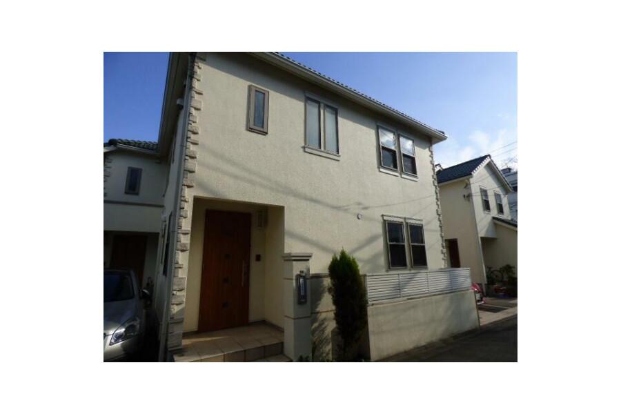 3LDK Terrace house to Rent in Setagaya-ku Exterior