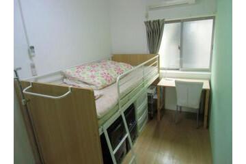 Private Guesthouse to Rent in Osaka-shi Higashinari-ku Bedroom