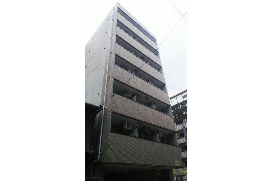 1K Apartment to Rent in Osaka-shi Tennoji-ku Exterior