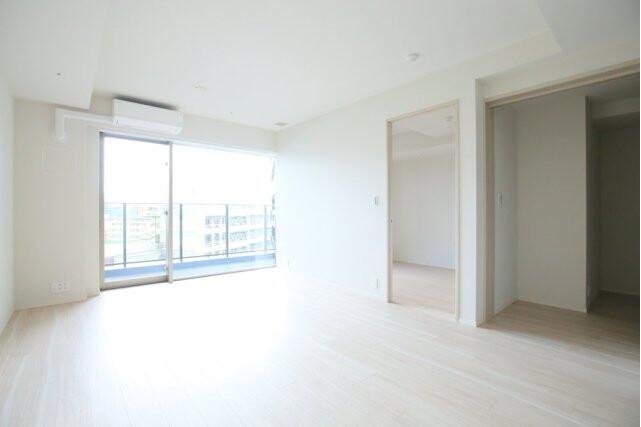 2LDK Apartment to Rent in Shibuya-ku Western Room