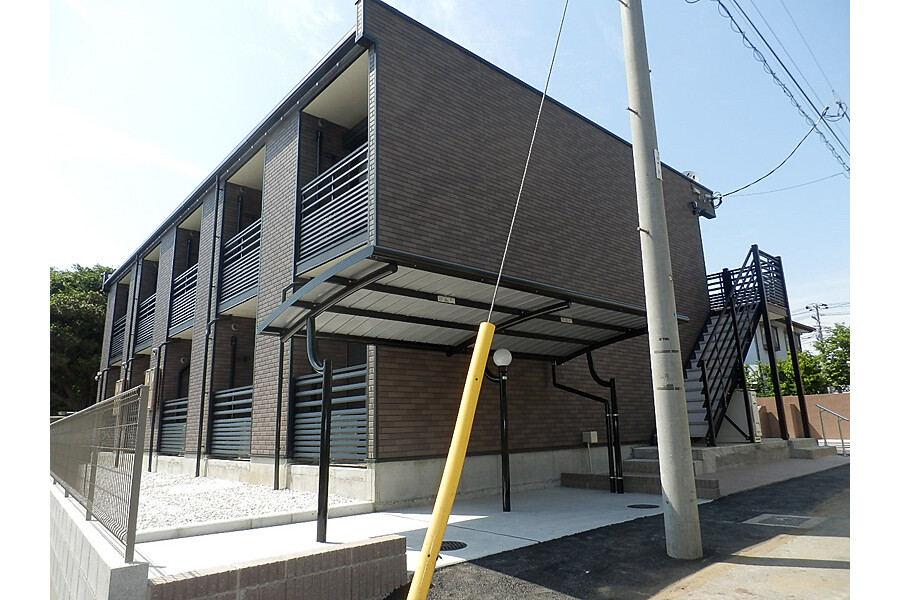 1K Apartment to Rent in Funabashi-shi Exterior