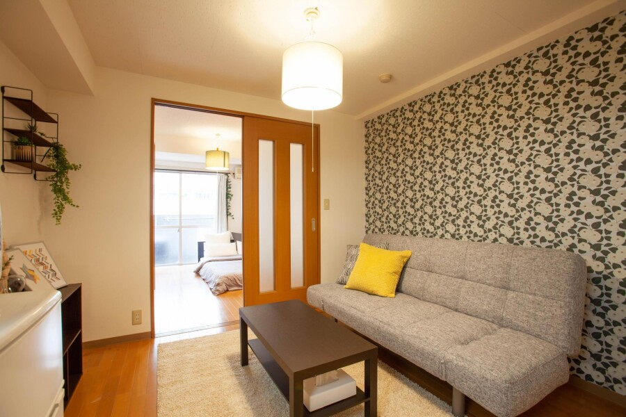 2K Apartment to Rent in Taito-ku Living Room
