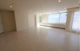 2SLDK Mansion in Hiroo - Shibuya-ku