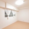 1LDK Apartment to Buy in Osaka-shi Tennoji-ku Room