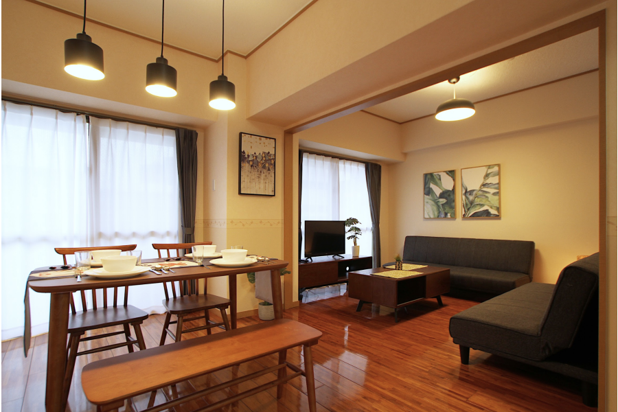 2LDK Apartment to Rent in Naha-shi Living Room