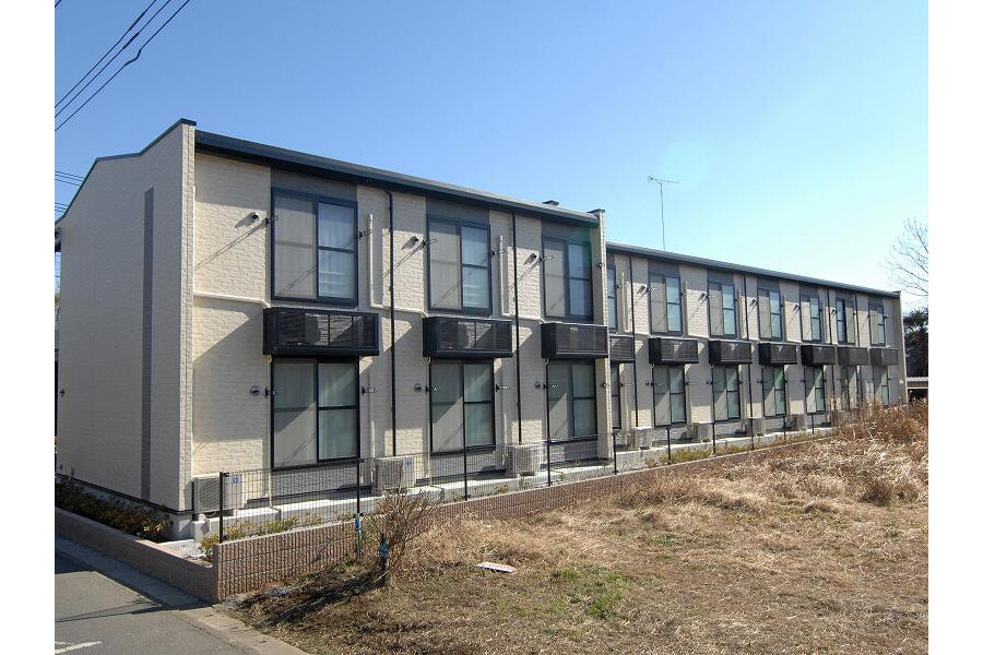 1K Apartment to Rent in Shiraoka-shi Exterior