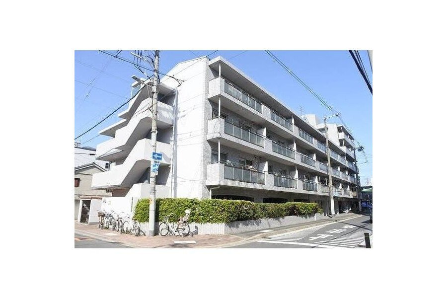 1LDK Apartment to Rent in Osaka-shi Joto-ku Exterior