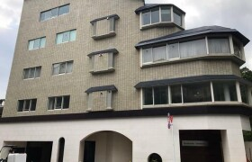 3SLDK Mansion in Motoazabu - Minato-ku