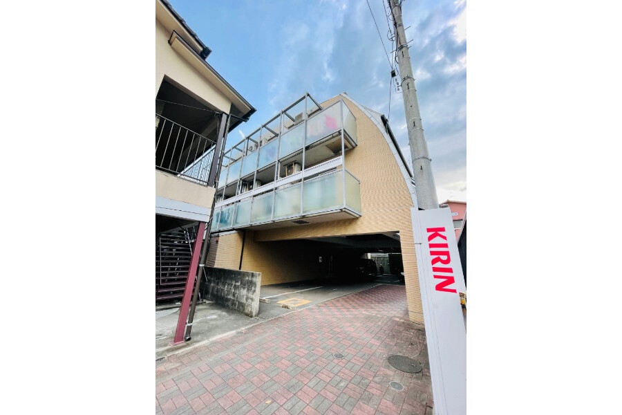 Whole Building Apartment to Buy in Fukuoka-shi Sawara-ku Exterior