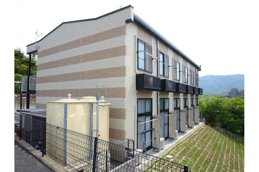 1K Apartment to Rent in Kyoto-shi Fushimi-ku Exterior