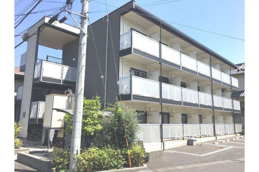 1K Apartment to Rent in Hitachi-shi Exterior