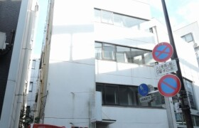 Whole Building {building type} in Shimmachi - Setagaya-ku