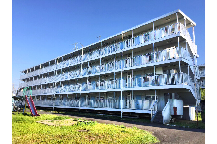 2K Apartment to Rent in Akishima-shi Exterior