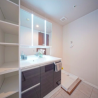 2LDK Apartment to Buy in Shinagawa-ku Washroom