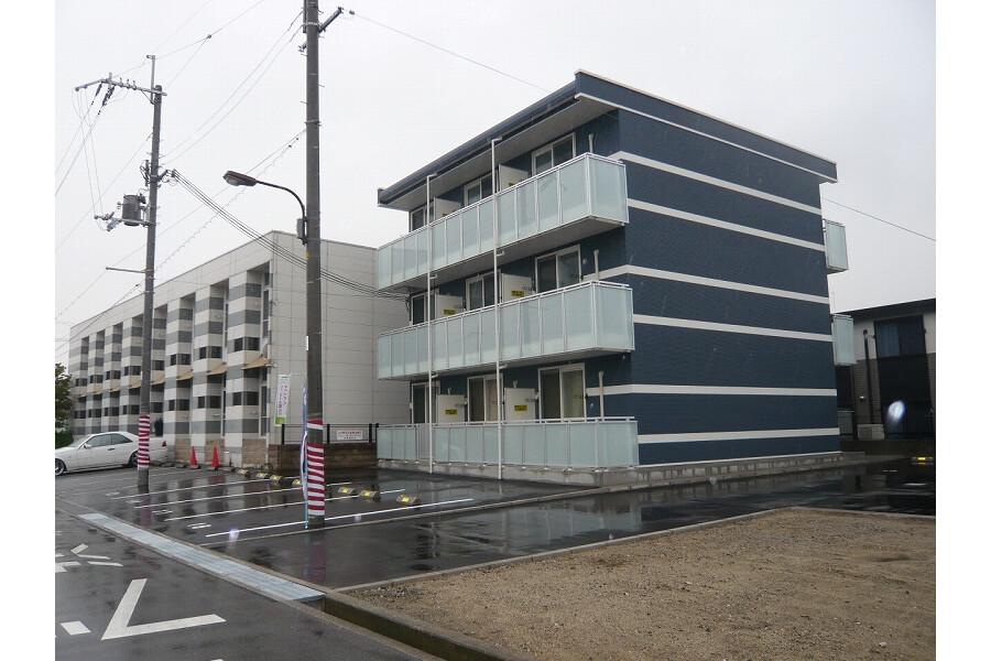 1K Apartment to Rent in Habikino-shi Exterior