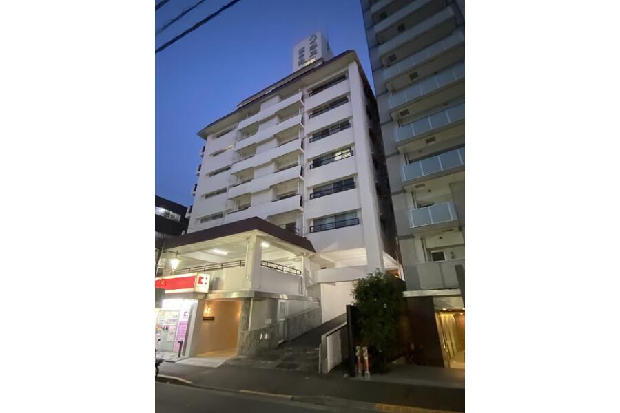 2LDK Apartment to Buy in Nakano-ku Exterior