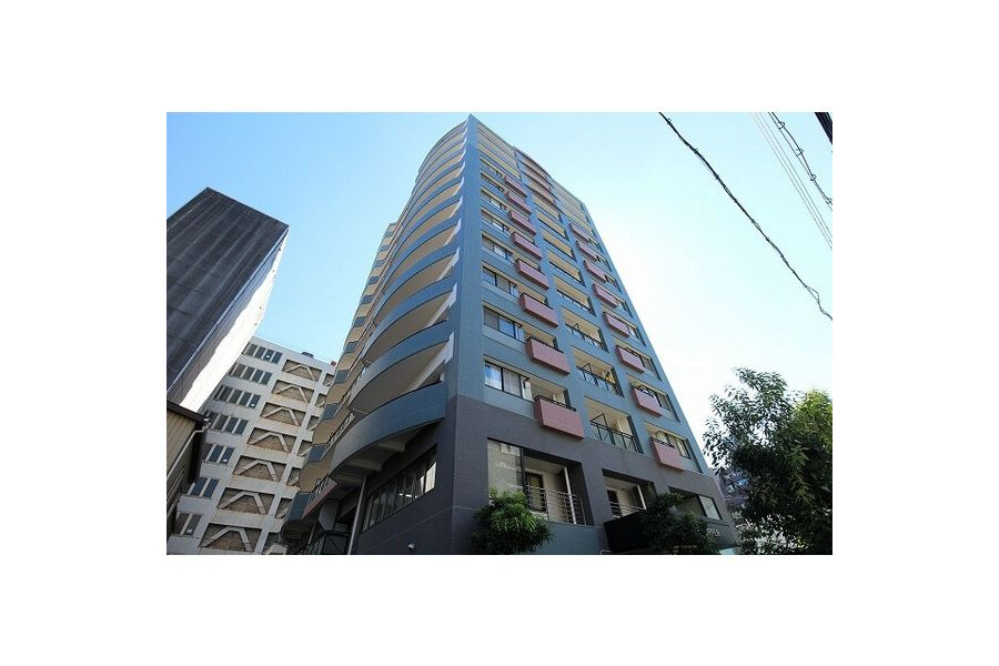 1LDK Apartment to Rent in Osaka-shi Naniwa-ku Exterior