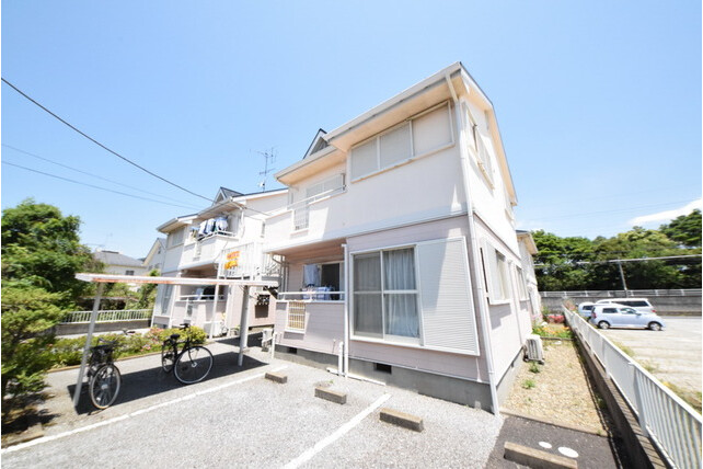 3DK Apartment to Rent in Ichikawa-shi Exterior