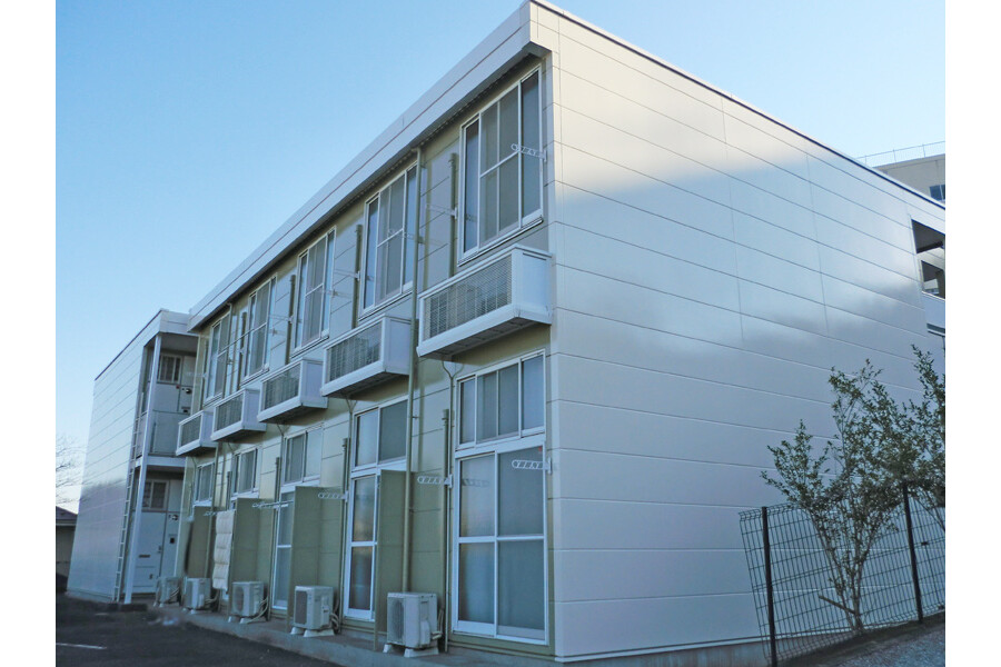 1K Apartment to Rent in Yokohama-shi Konan-ku Exterior