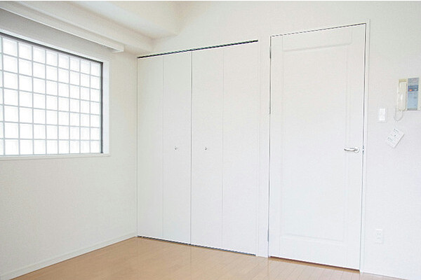 1K Apartment to Rent in Bunkyo-ku Western Room